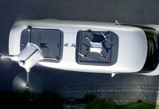Mercedes-Benz drone teslimatı oyuncak hobi oyuncakhobi.com